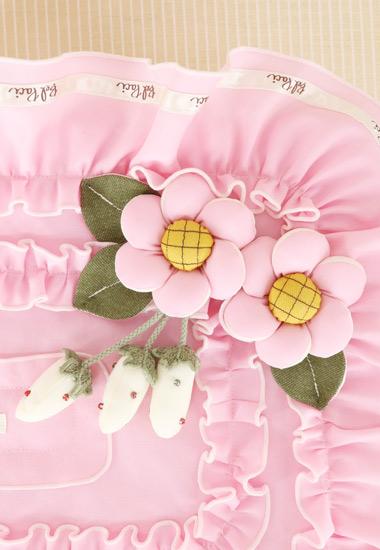 お花、フリルのアップ