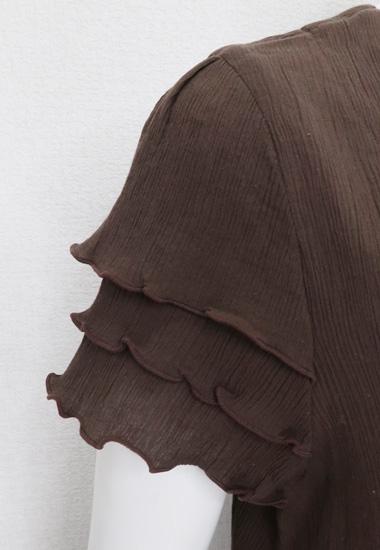 袖の段フリル